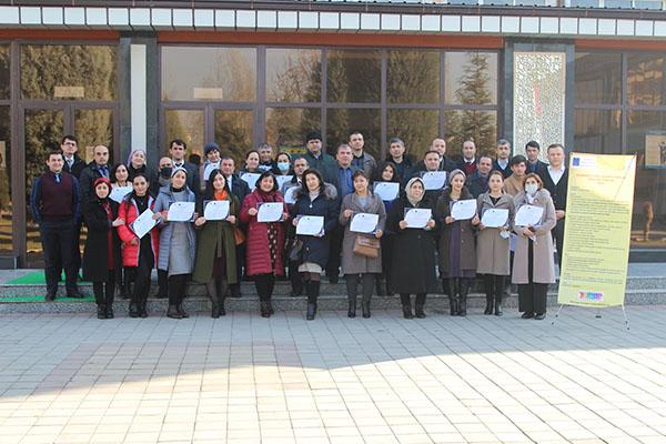 Вручения сертификатов по курсу повышения квалификации преподавателей по применению инновационным образовательным технологиям в учебном процессе